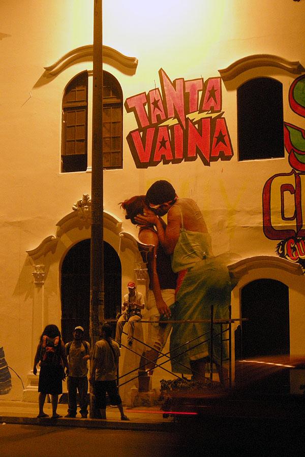 """Mural """"A mí qué chicha"""""""
